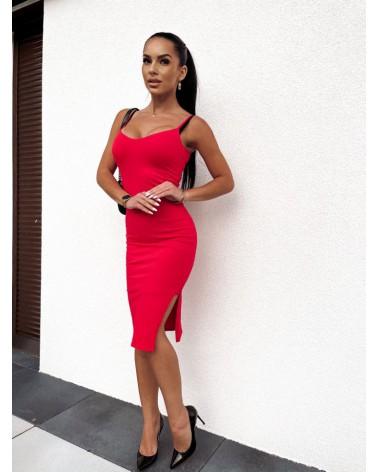 Sukienka z rozcięciem czerwona