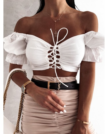 Krótka bluzka z wiązaniem na dekolcie biała