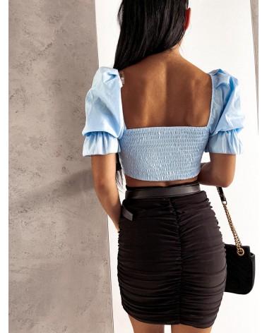 Krótka bluzka z wiązaniem na dekolcie błękitna