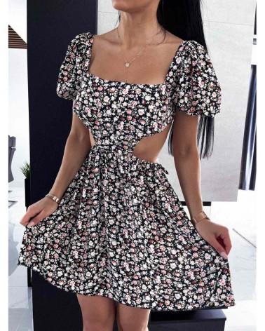 Sukienka z wycięciem w talii czarna