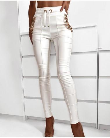 Woskowane spodnie joggery białe