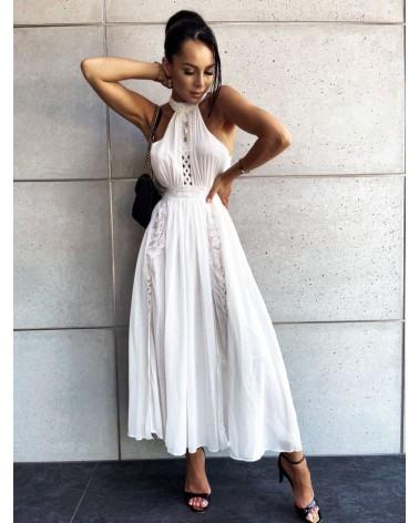 Sukienka z dekoltem halter biała