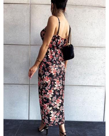 Sukienka na cienkich ramiączkach czarna