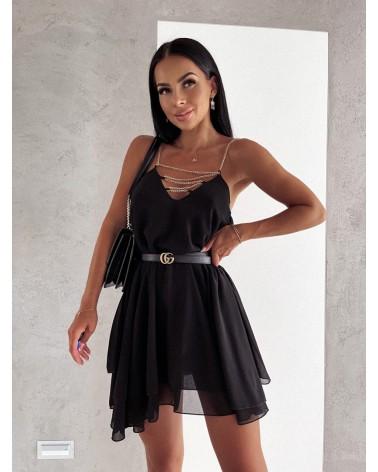 Sukienka na ramiączkach czarna