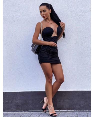 Czarna sukienka damska z głębokim dekoltem