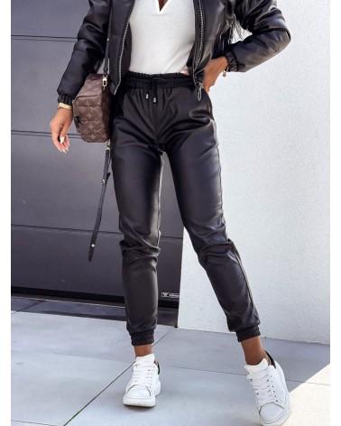 Spodnie joggery damskie z eko skóry czarne