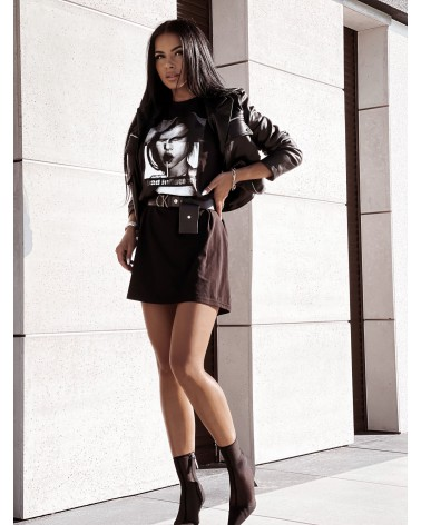 T-shirtowa sukienka z nadrukiem oversize czarna