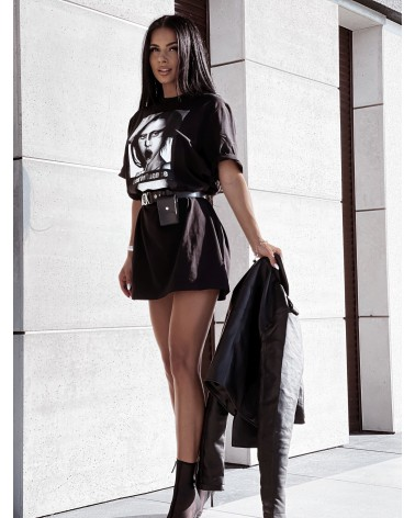 T-shirtowa sukienka z nadrukiem oversize