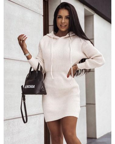 Sukienka sweterkowa z kapturem kremowa