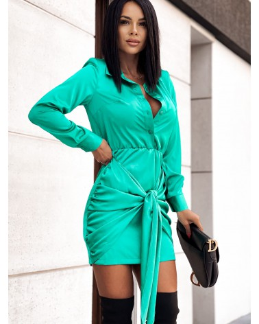 Sukienka satynowa zapinana na guziki zielona