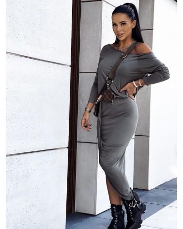 Asymetryczna sukienka midi z długim rękawem