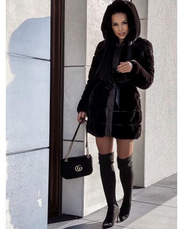 Płaszcz futerkowy z kapturem czarny