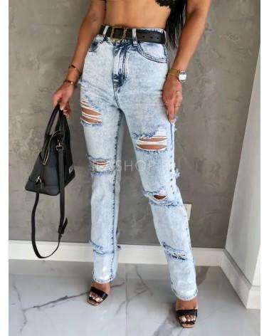 Mom jeans z dziurami