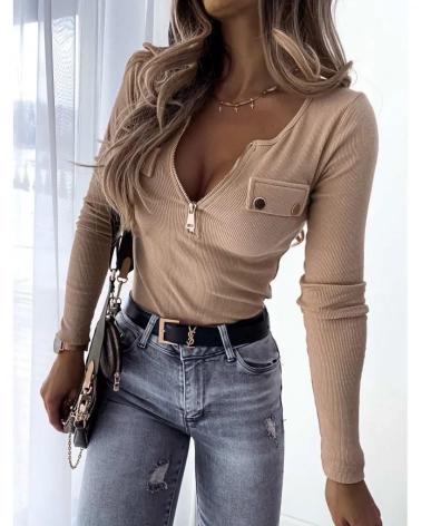 Bluzka basic z długimi rękawami w kolorze beżowym