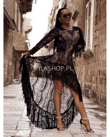 długa sukienka z trenem